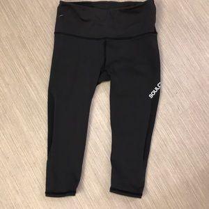 Lululemon soulcycle crop leggings 6 Small